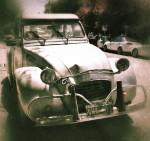 Another Citroen 2CV - Walter calls them 'hippy cars' :)